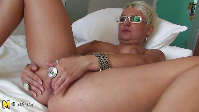Porno keine Registrierung  Riesige Juggs hausfrau fickt mit hund Babe Masturbiert Ihre Muschi